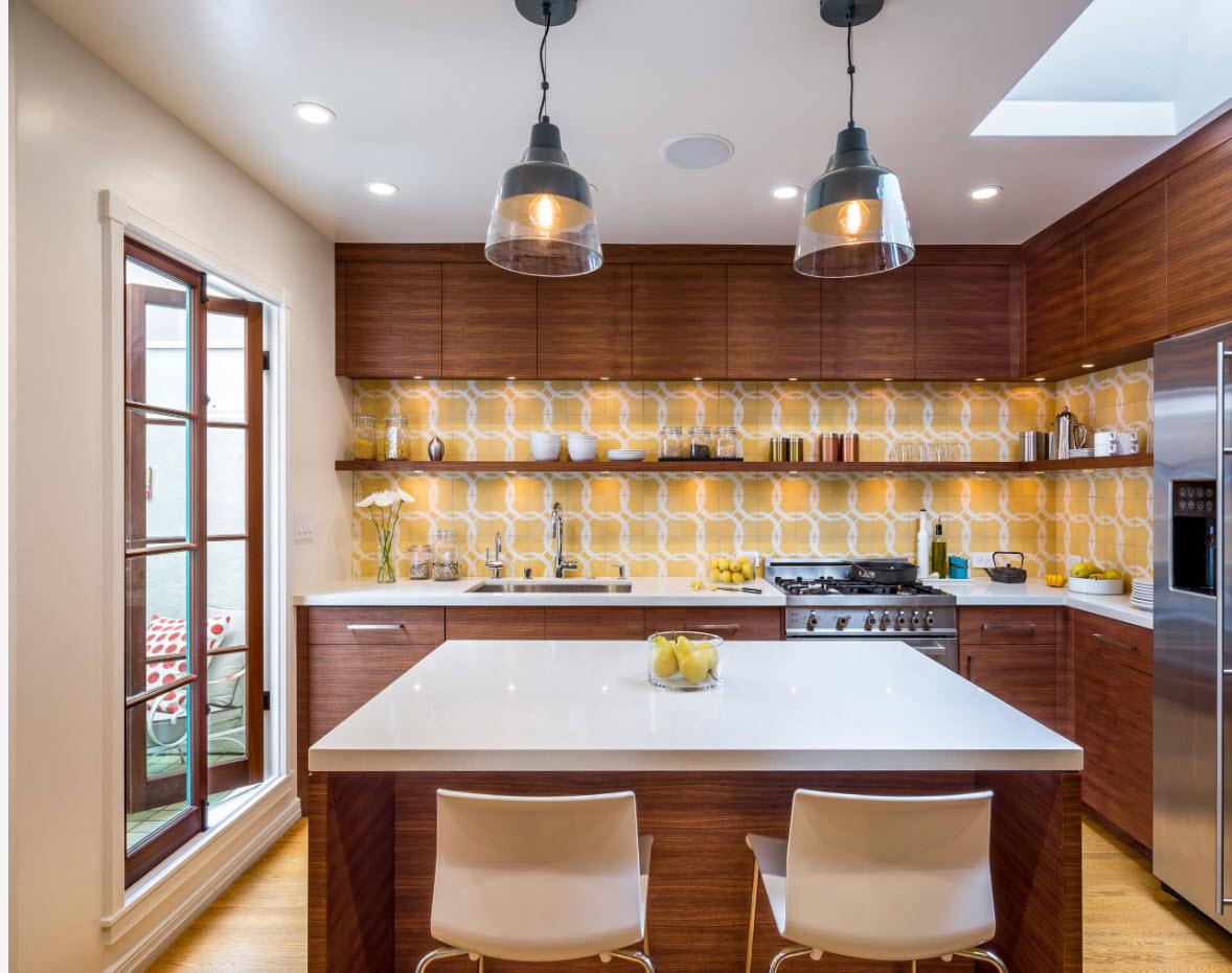 Яркое исполнение кухонного дизайна