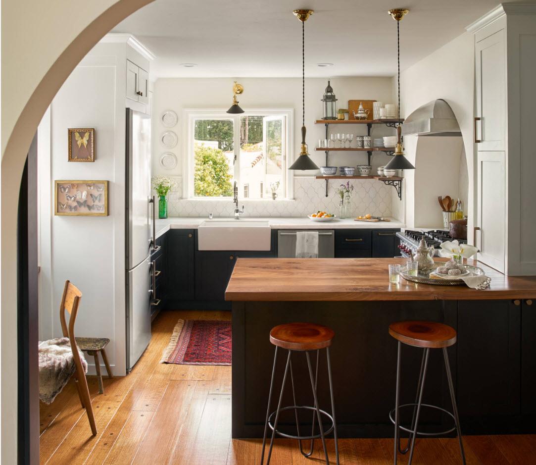 Компактная кухонная зона
