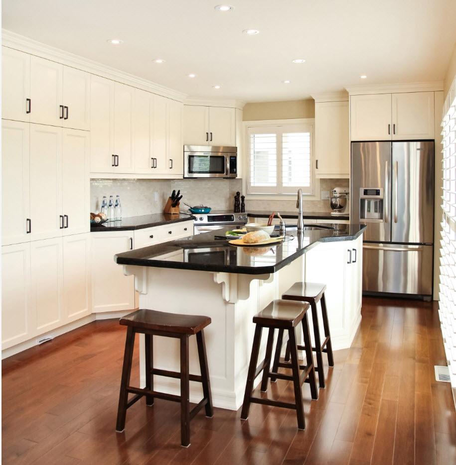 Планировка для просторной кухни