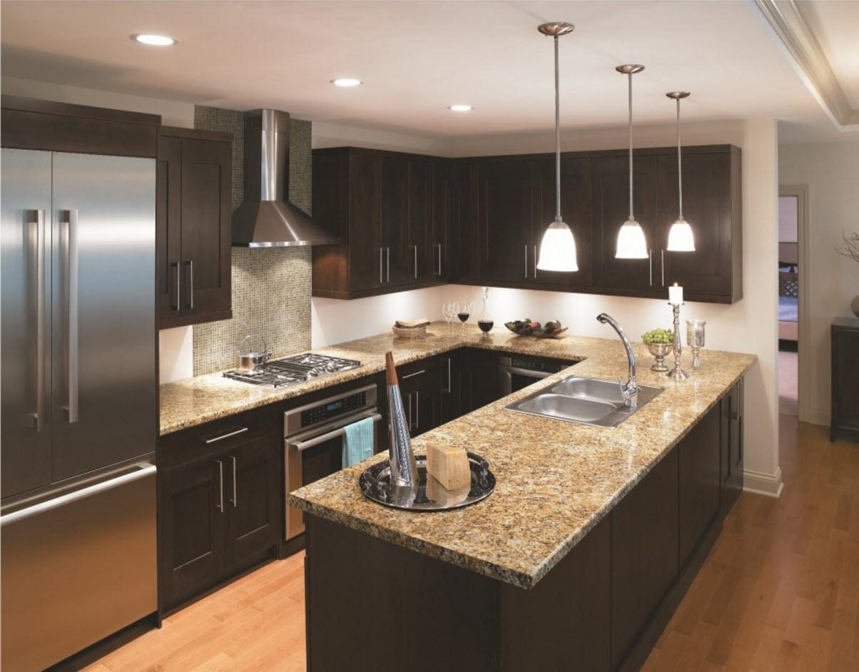 Ламинат в кухонном помещении