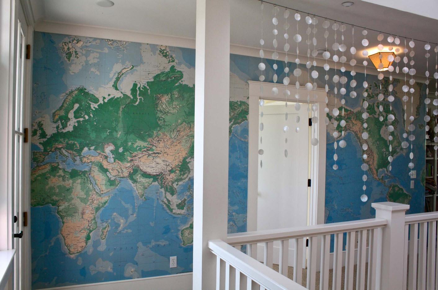 Карта в пространстве лестницы