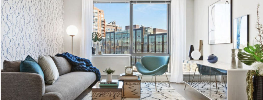 Комбинирование обоев в гостиной фото идеи 2018