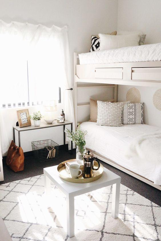 Кровати с системами хранения