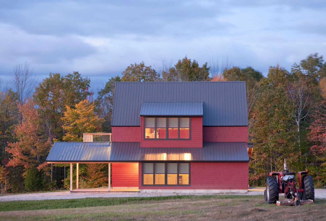 Дом с мансардными помещениями