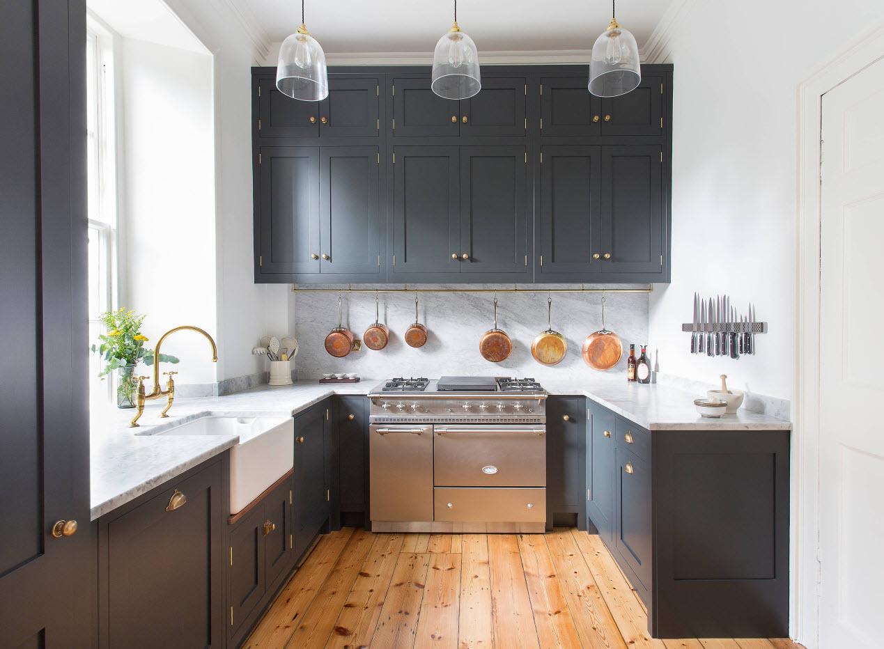 Темно-серый тон для кухни