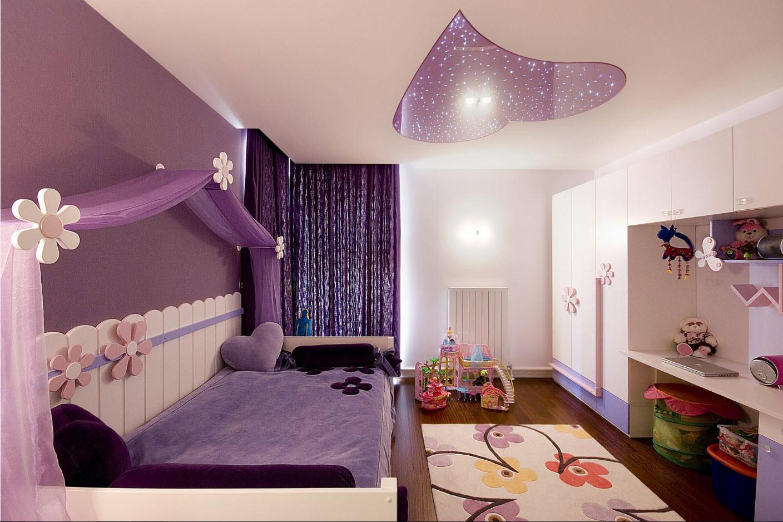 Спальня для девочки в фиолетовых тонах