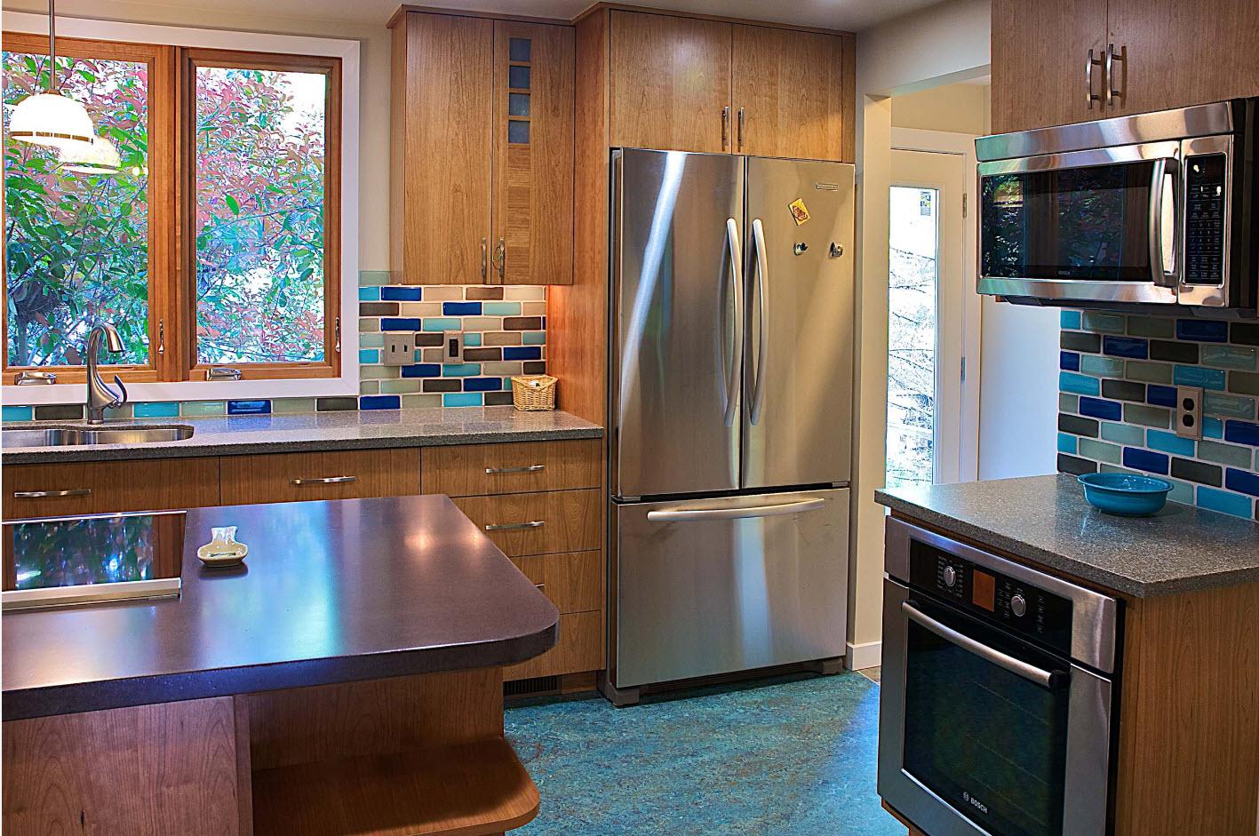 Под цвет кухонного фартука