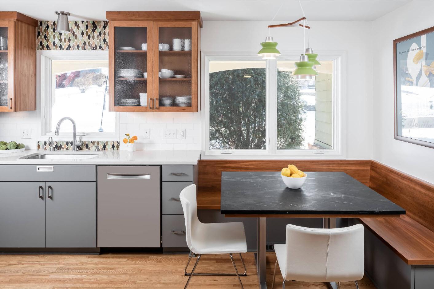 Дизайн с кухонным уголком