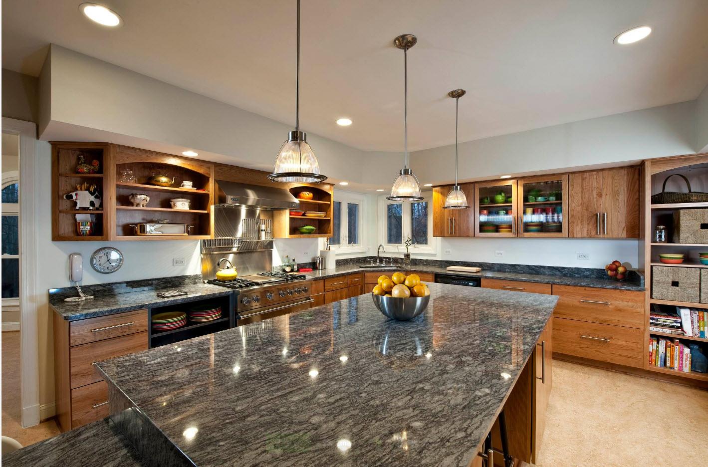 Покрытие для просторной кухни