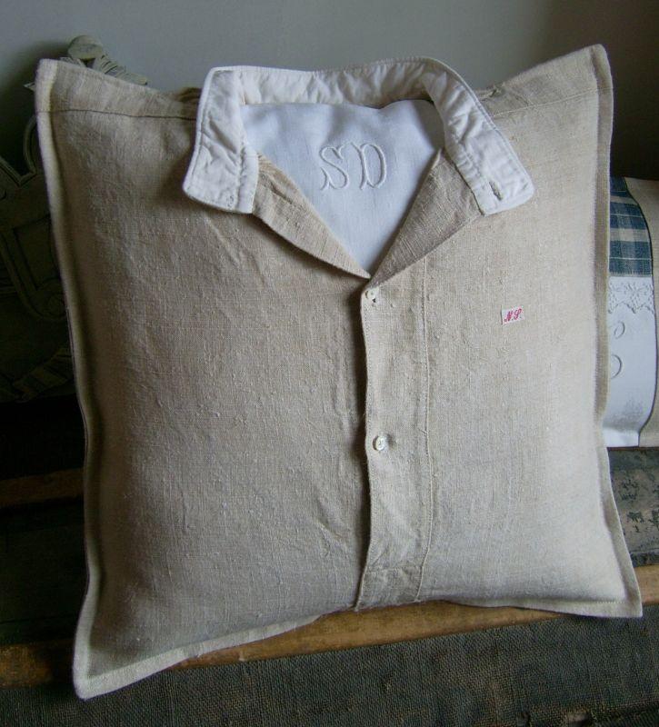 Подушка из рубашки