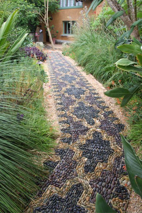 Узоры на садовых дорожках