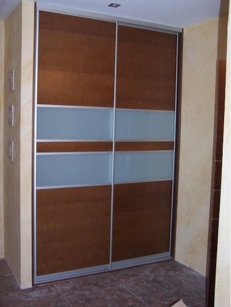 Шкаф для интерьера прихожей