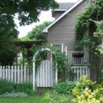 Деревянный забор – современная дань традициям