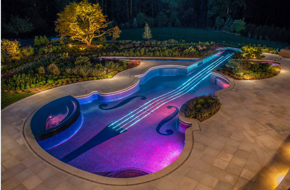 Креативное исполнение бассейна