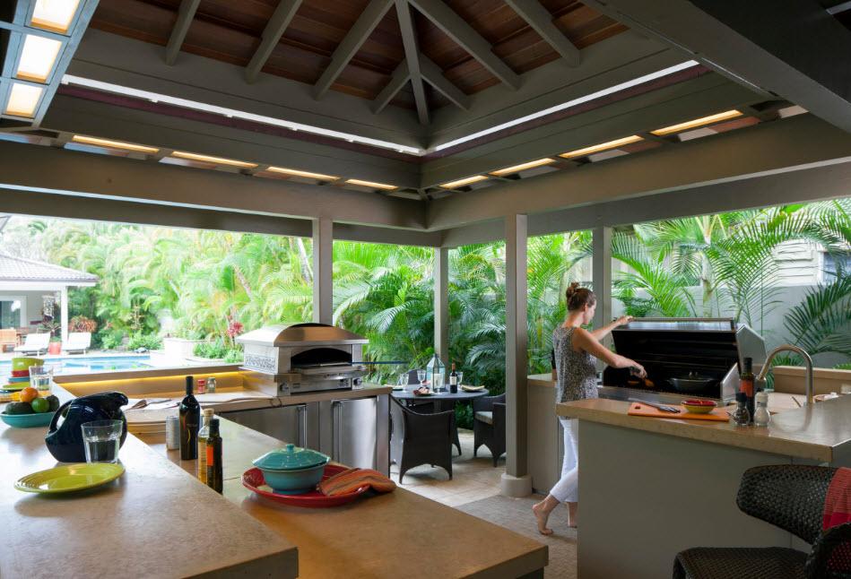 Многофункциональная летняя кухня