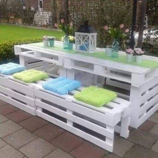 Белоснежная садовая мебель