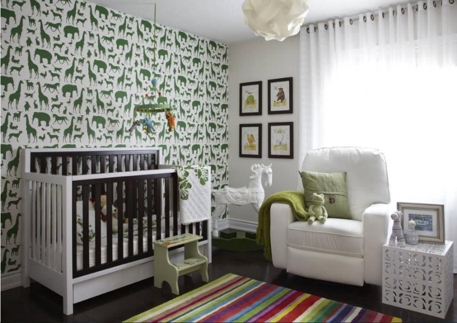 Зеленый принт в детской