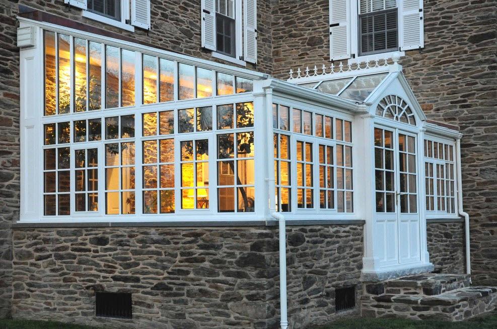 Камень и стекло для оранжереи