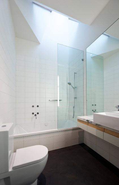 Экран из стекла для ванны