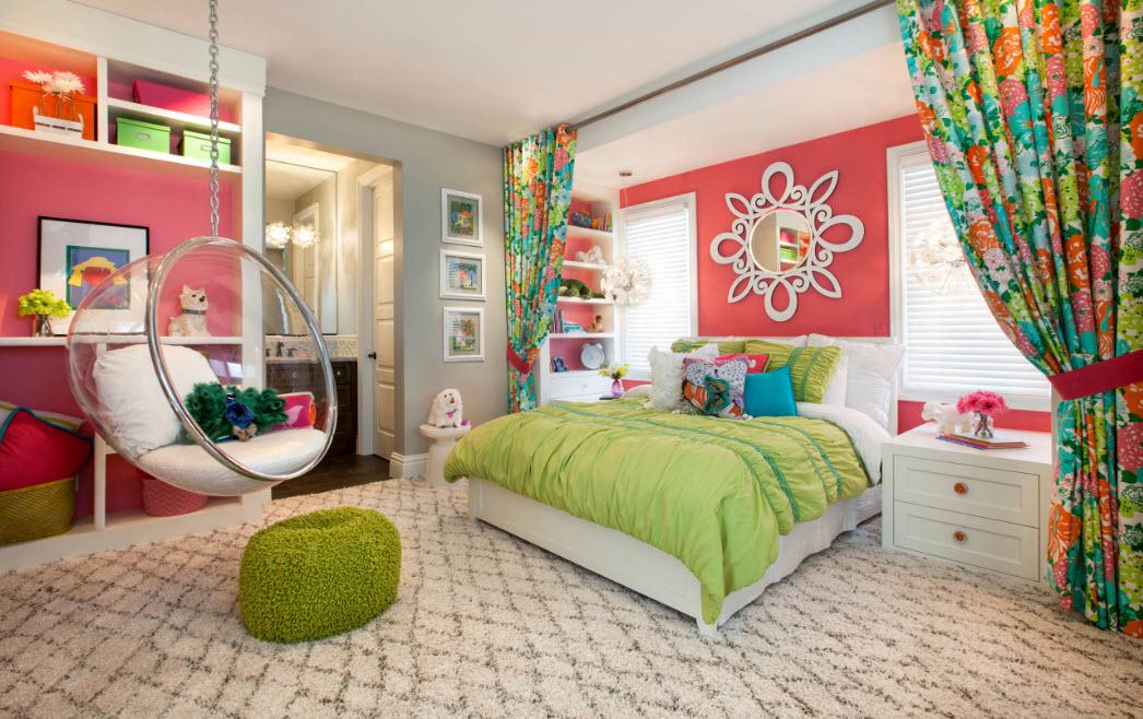 Яркие элементы в детской спальне