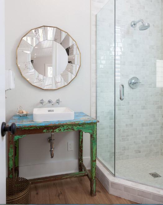 Светлый интерьер ванной
