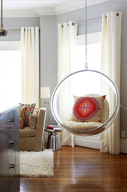 Кресло-пузырь в гостиной