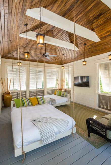 Оригинальный деревянный потолок