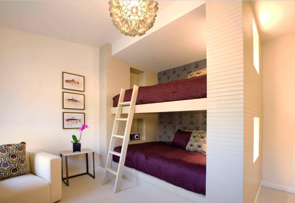 Кровати в два этажа