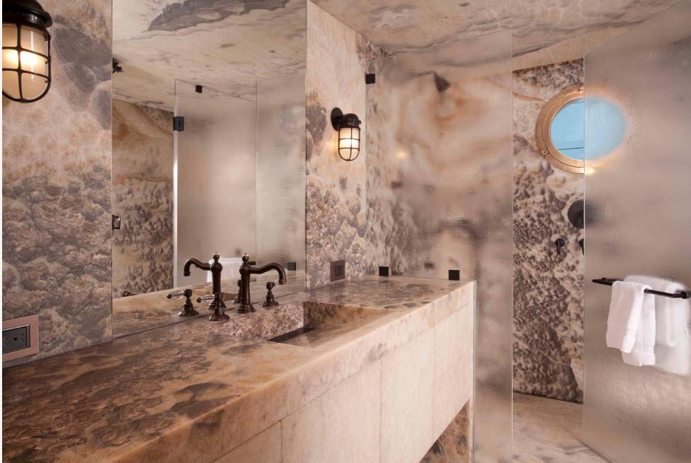 Фактурная шторка для ванной