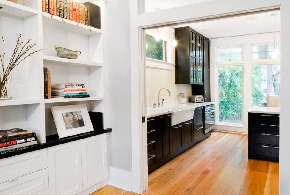 Черные кухонные фасады