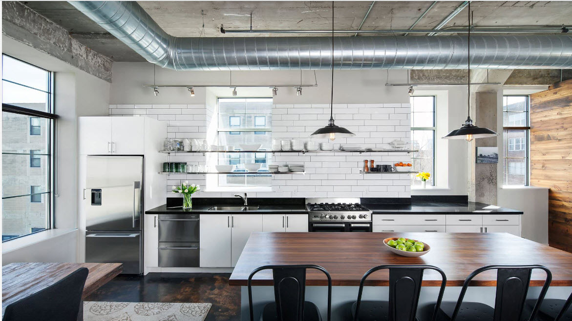 Кухня со светлыми стенами