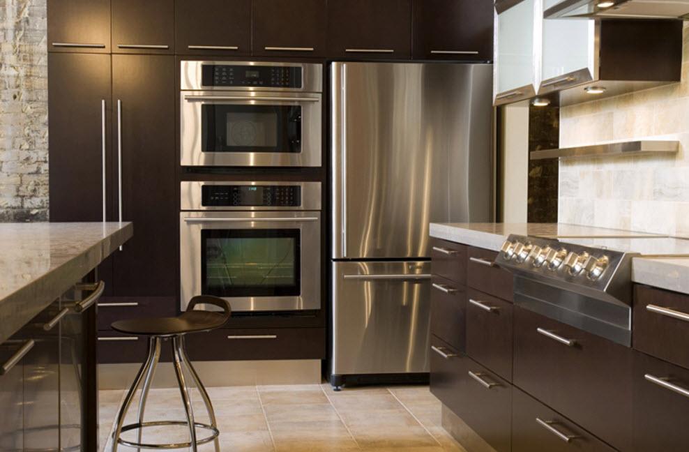 Кухонный мебельный ансамбль