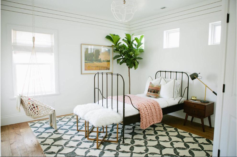В белоснежной спальне