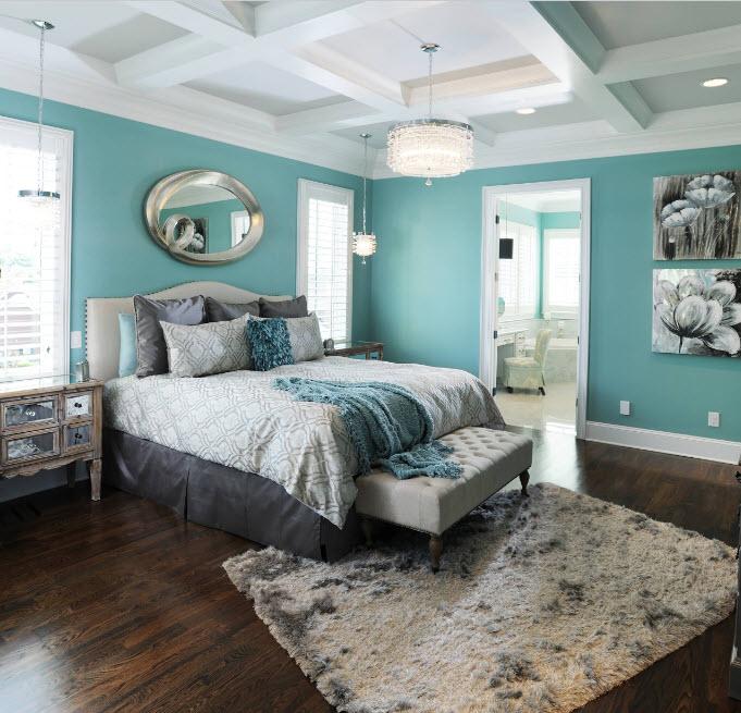 Мятный и белый в спальне