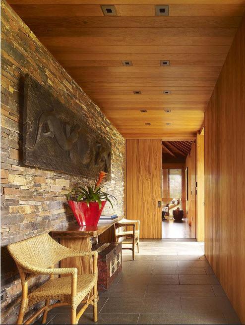 Каменная и деревянная отделка