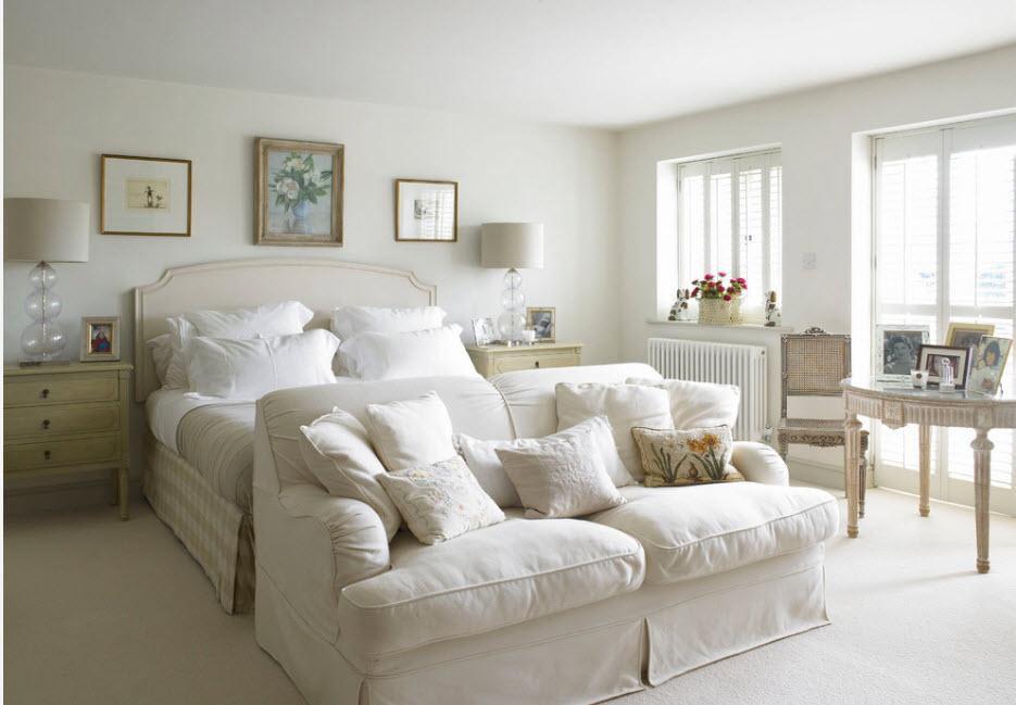 Светлый образ спальни