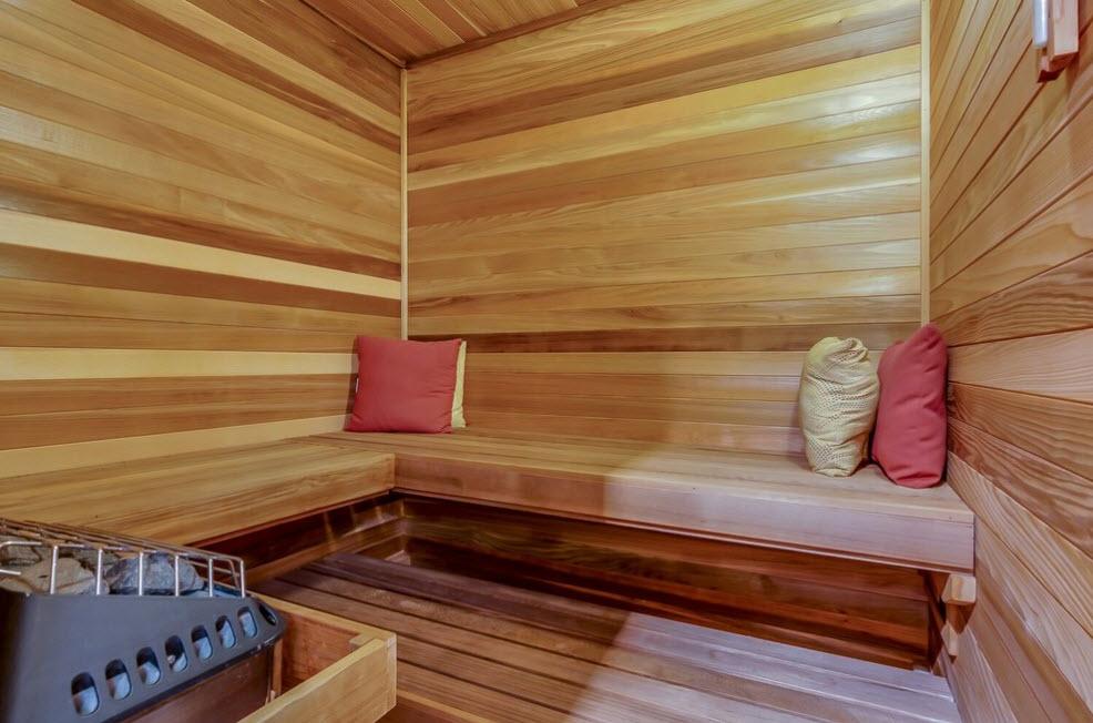 Разные оттенки древесины