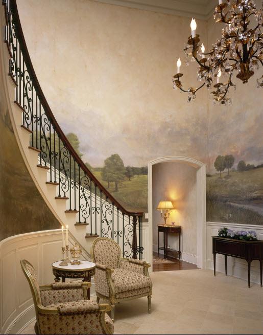 Фреска возле лестницы