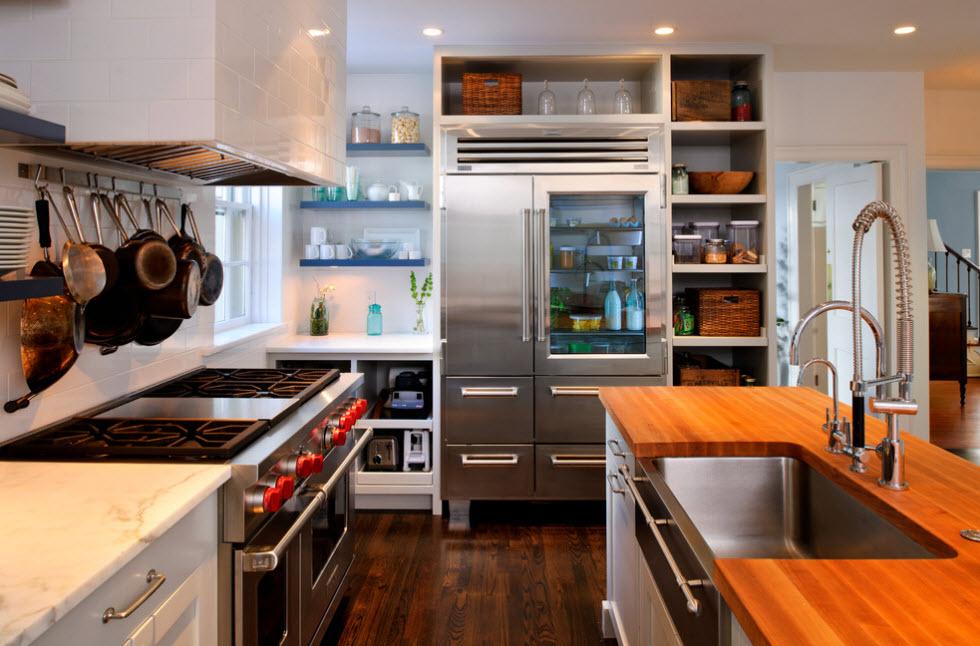 Холодильник со стеклянной дверцей