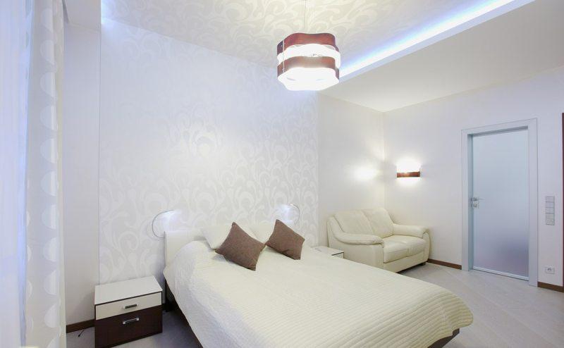 белоснежная спальная комната