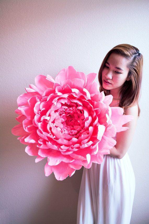 cvetu_iz_gofrirovannoj_bumagi_09