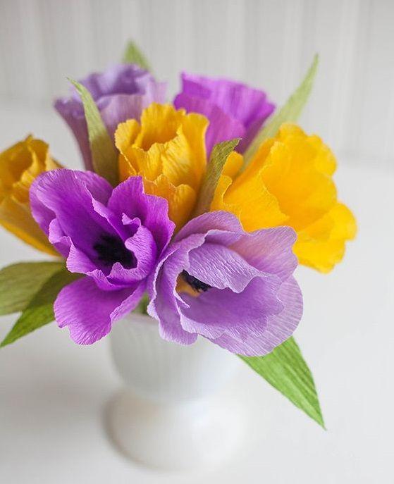 cvetu_iz_gofrirovannoj_bumagi_23