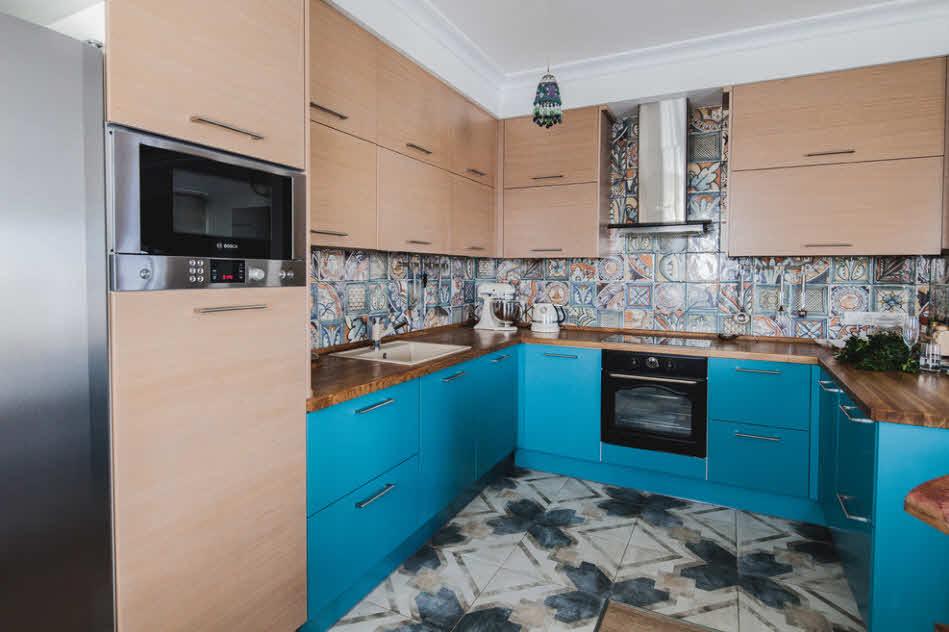 керамика и дерево на кухне