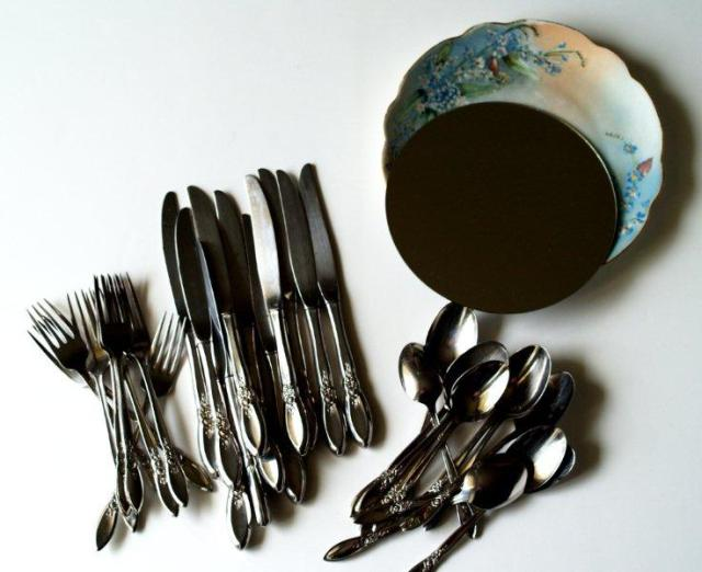 zerkalo-stolovye-pribory-02