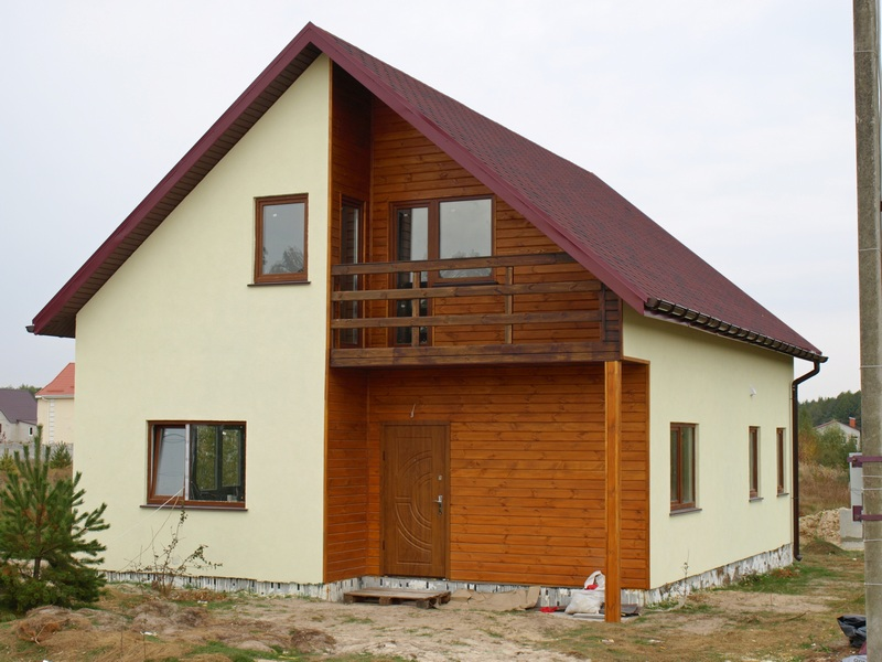 комбинированный двухэтажный дом