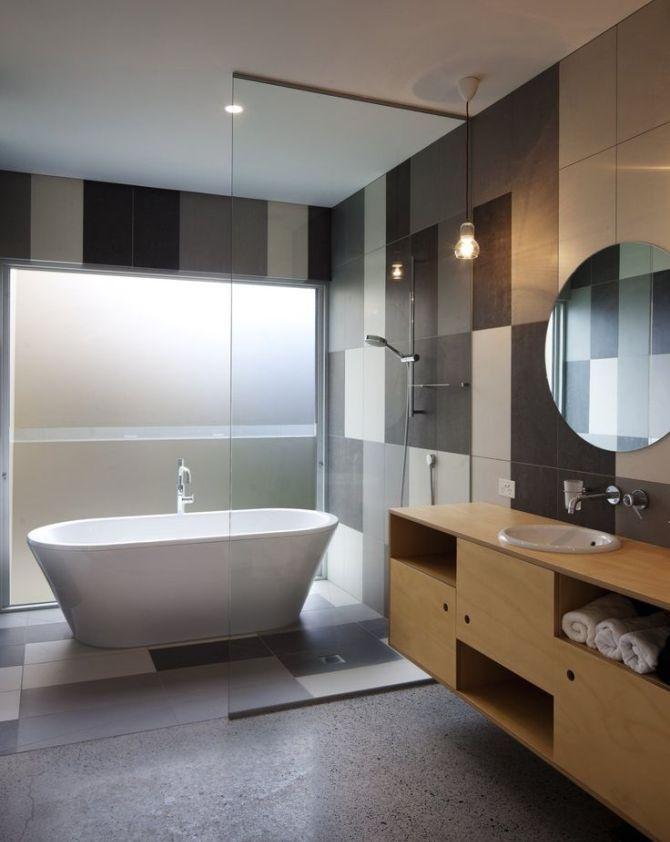 матовая в ванной комнате
