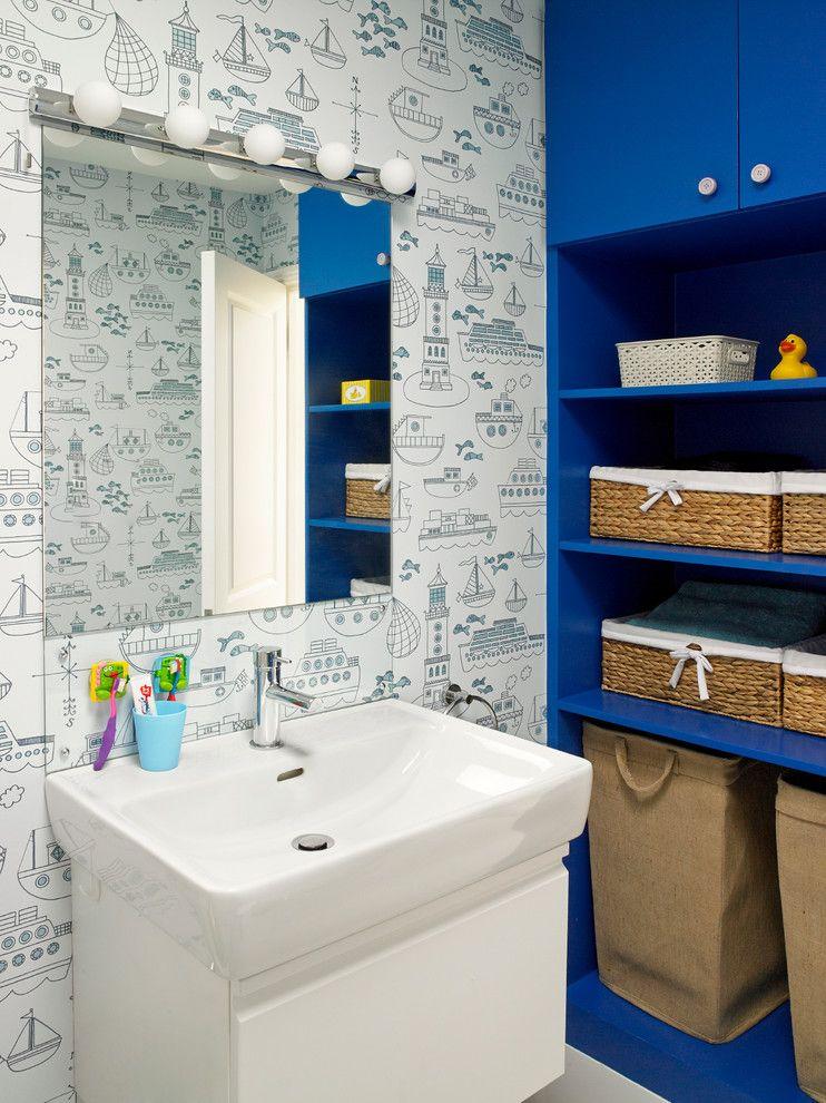 синий напольный шкаф
