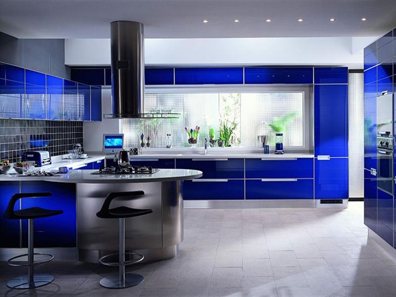 синяя шикарная кухня