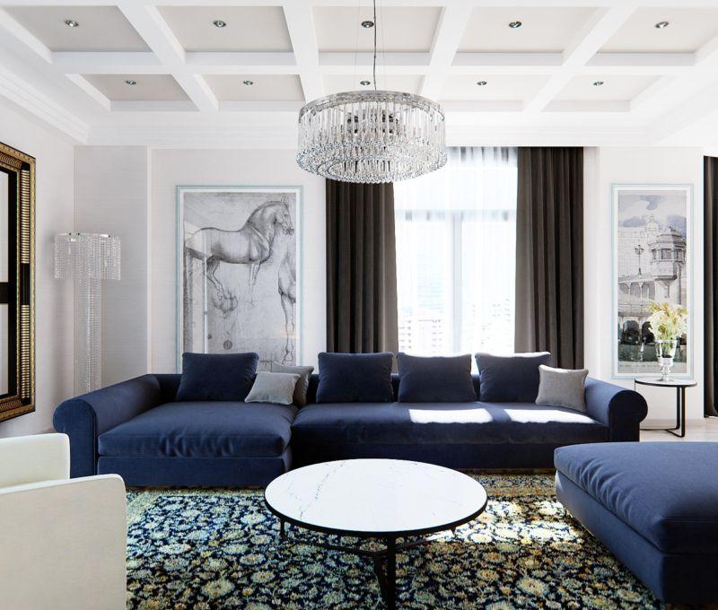 с синим диваном