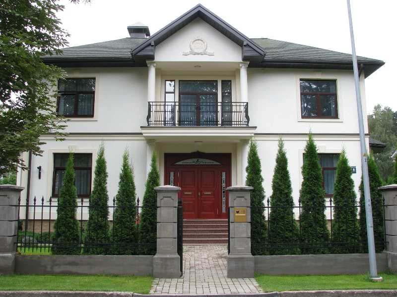 шикарная усадьба с большим домом